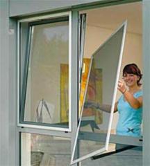 Анти москитная сетка на окна и двери.