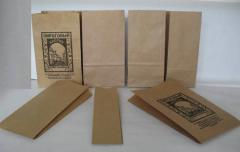 Packages papers, paper from Kraft, with the flat