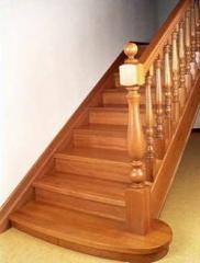 Лестницы декоративные из дерева