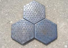 The tile is kamnelity six-sided