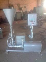 Installation for mixing of powdery products with