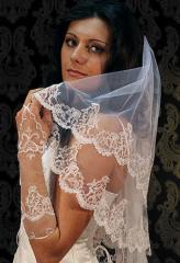 Accessories are wedding: the veil embroidered with