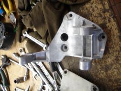 Generator bracket on Saturday. dv. 7406 (pr-in