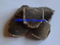 Briquetting of fertilizers