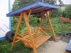 Качели деревянные для сада Украина