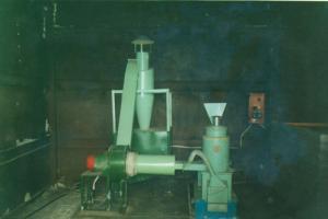 Car shelushilno-grinding MShSh-1