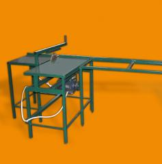 The machine for cross cutting of timber from the
