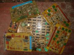 Radio components and printed circuit boards