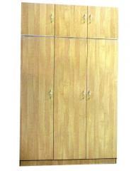 Шкаф трехдверный с антресолью
