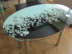 Скляні столи в Запоріжжя.