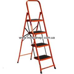 Metal step-ladder of FORTE LFD 131 TB