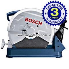 Saw on Bosch GCO 2000 metal