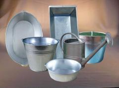 Galvanized ware: bathtubs, tanks, garden and