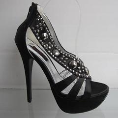 Туфли модельные,босоножки,на высоком
