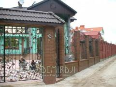 Wrought-iron fences to order, production and