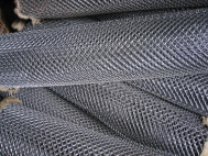 Grid the Chain-link 15x15 and 10x10 black and