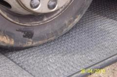 Плитка ПВХ для стоянок автомобилей