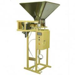 The weight doser for packing of loose products