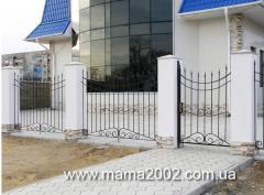 Кованный забор на дачу