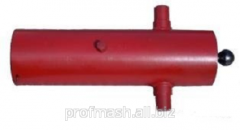 Hydraulic cylinder of the trailer 2PTS-8 4