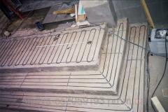 Installation of a heat-insulated floor