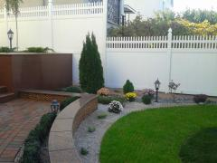 Natural stone for design of a garden, the yard,