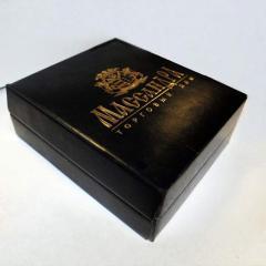 Картонная упаковка с логотипом на заказ...