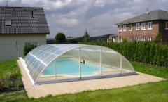 Nakrytiye for the pool from polycarbonate