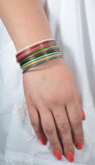 Браслет ручной работы разноцветный с ювелирной