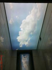 Небо в туалете. Светящийся натяжной потолок с