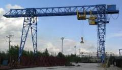 Construction trestle cranes with a loading