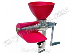 The juice extractor for vegetables and fruit of