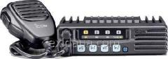 Icom IC-F210S radio station