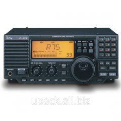 The scanning Icom IC-R75 receiver