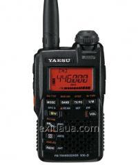 Portable amateur Yaesu transceiver (Vertex