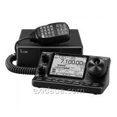 Icom IC-7100 transceiver