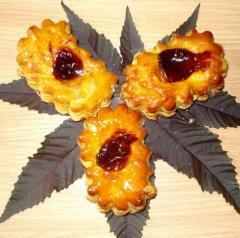 Puffs with jam