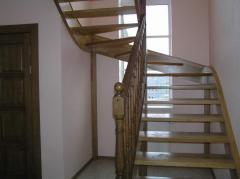 Лестница винтовая из натурального дерева Чернигов