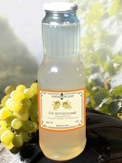 Juice grape white