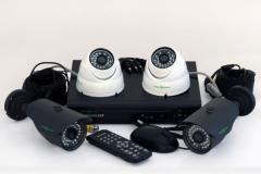 Комплект видеонаблюдения ( комплект