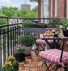 Furniture for a balcony, for a balcony furniture