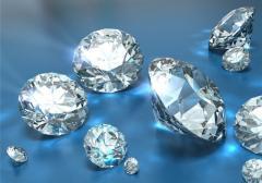 Кубический циркон - фианит, прозрачный материал,
