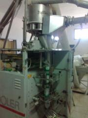 Completely completed packing machine for packing
