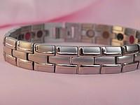 Турмалиновый магнитный браслет с титаном...