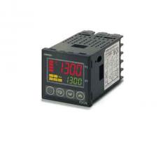 OMRON E5CC temperature regulators