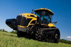Гусеничный трактор Challenger MT700E, модель MT