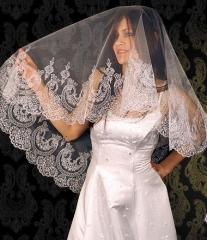 The bride's veil embroidered handwork