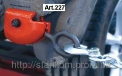 Bolted clamp with replaceable sponges and rotary