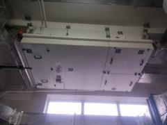 Система вентиляции работает совместно с...