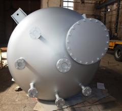 Tanks from stainless steel